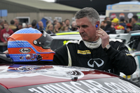 Martin Donnelly, Infiniti Support Our Paras Racing