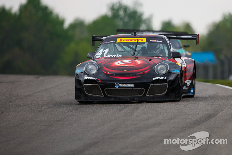 #41 EFFORT Racing, Porsche 911 GT3R: Michael Lewis