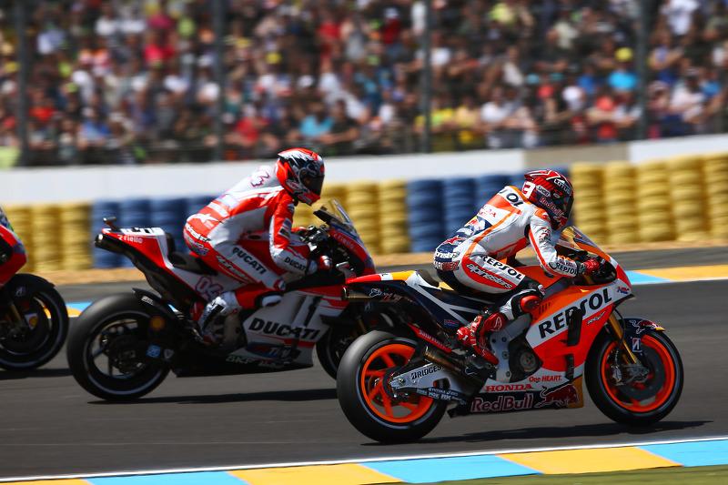 Марк Маркес, Repsol Honda Team та Андреа Довізіосо, Ducati Team