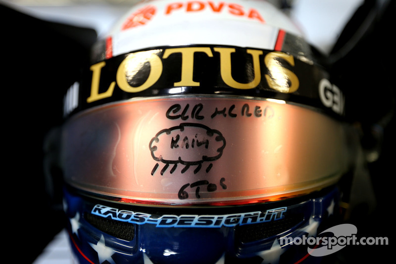 Helmet of Pastor Maldonado, Lotus F1 Team