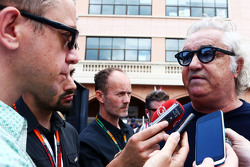 Flavio Briatore, met Jonathan Noble, Motorsport.com journalist