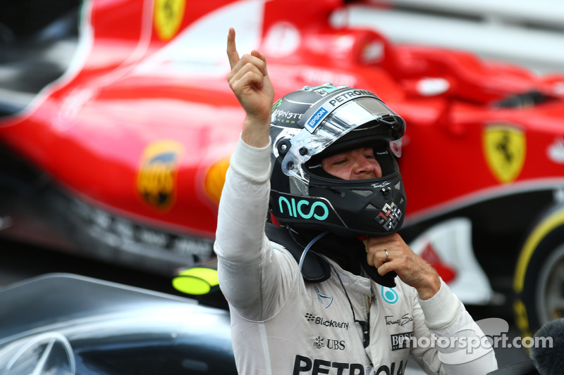Il vincitore Nico Rosberg, Mercedes AMG F1 W06