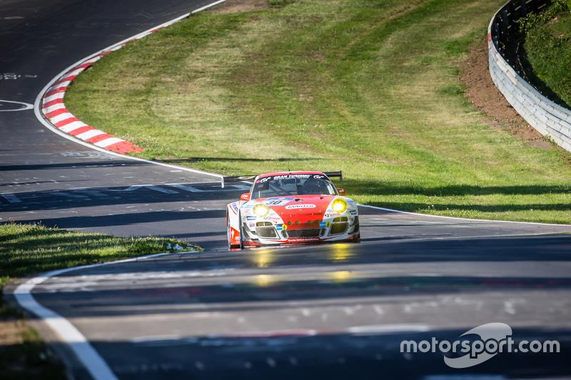#30 Frikadelli Racing, Porsche 997 GT3 R: Sabine Schmitz, Patrick Huisman, Patrick Pilet, Jörg Bergm