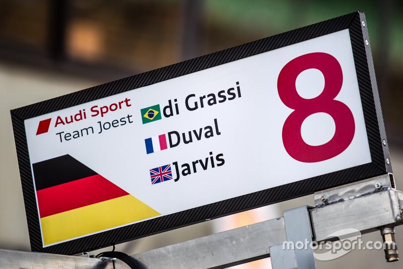 Піт боард для #8 Audi Sport Team Joest Audi R18 e-tron quattro