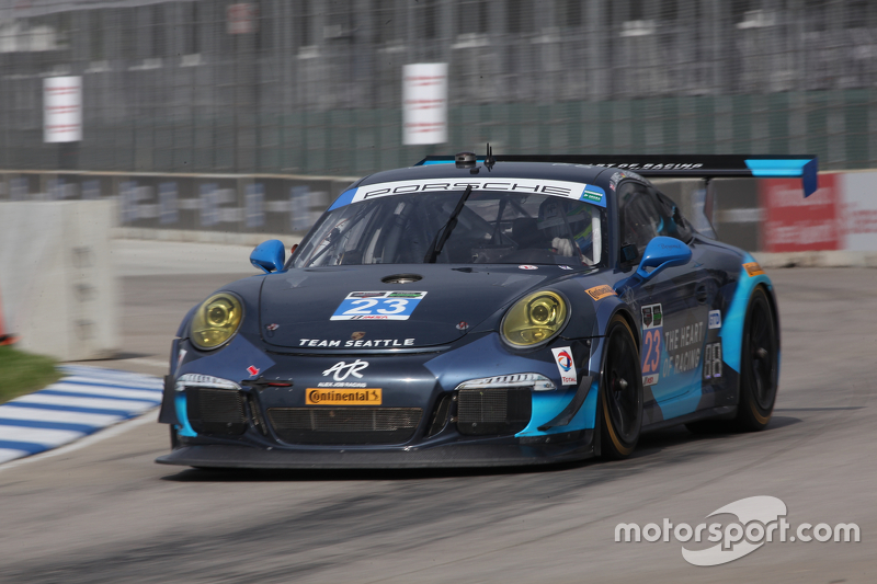 #23 Alex Job Racing, Porsche 911 GT America: Ian James, Mario Farnbacher