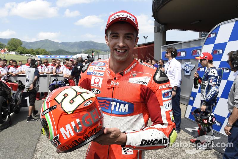Polesitter Andrea Iannone, Ducati Team