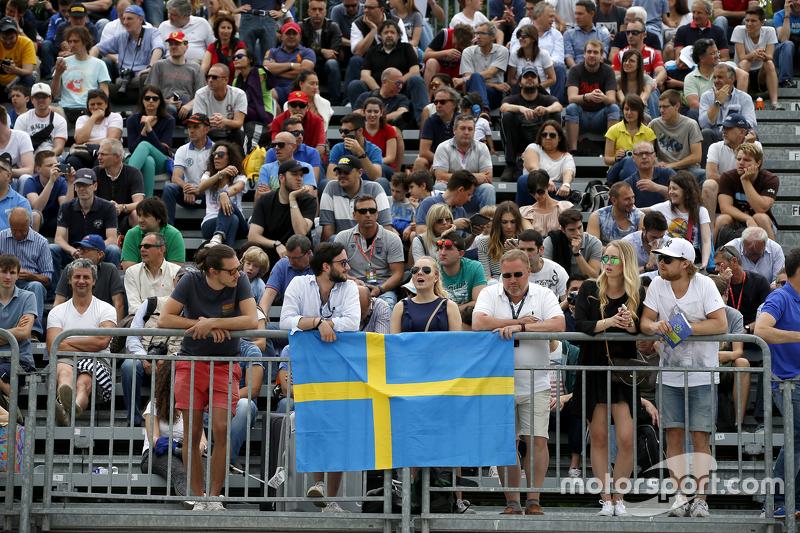 Fans von Felix Rosenqvist, Prema Powerteam, Dallara Mercedes-Benz