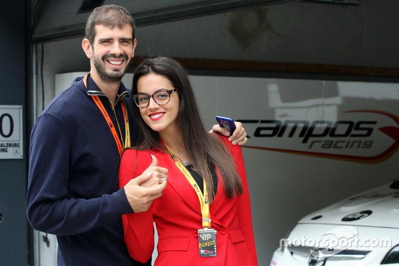 Dusan Borkovic su esposa