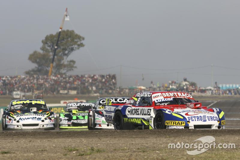 Juan Martin Trucco, JMT Motorsport, Dodge; Diego de Carlo, JC Competicion, Chevrolet, und Mauro Gial