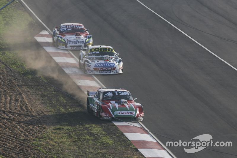 Jose Manuel Urcera, JP Racing, Torino; Martin Serrano, Coiro Dole Racing, Dodge, und Juan Martin Trucco, JMT Motorsport, Dodge