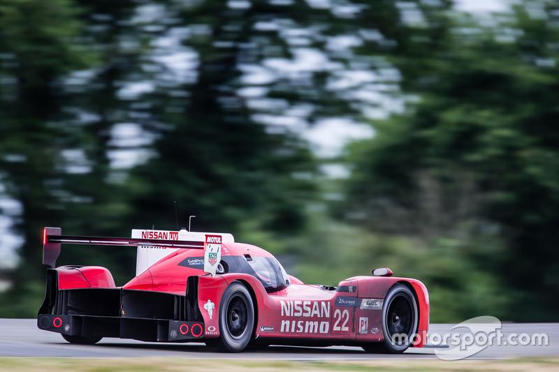 #22 Nissan Motorsports, Nissan GT-R LM NISMO: Harry Tincknell, Alex Buncombe, Michael Krumm
