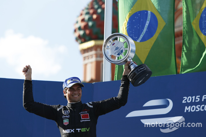 1.  Nelson Piquet jr., China Racing
