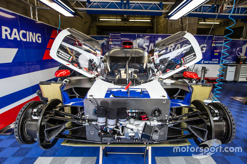#27 SMP Racing, BR01