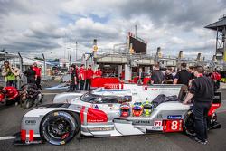 #8 Audi Sport Team Joest Audi R18 e-tron