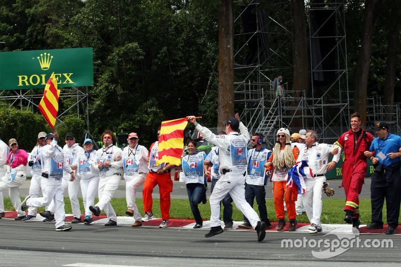 Marshals enjoy the drivers parade
