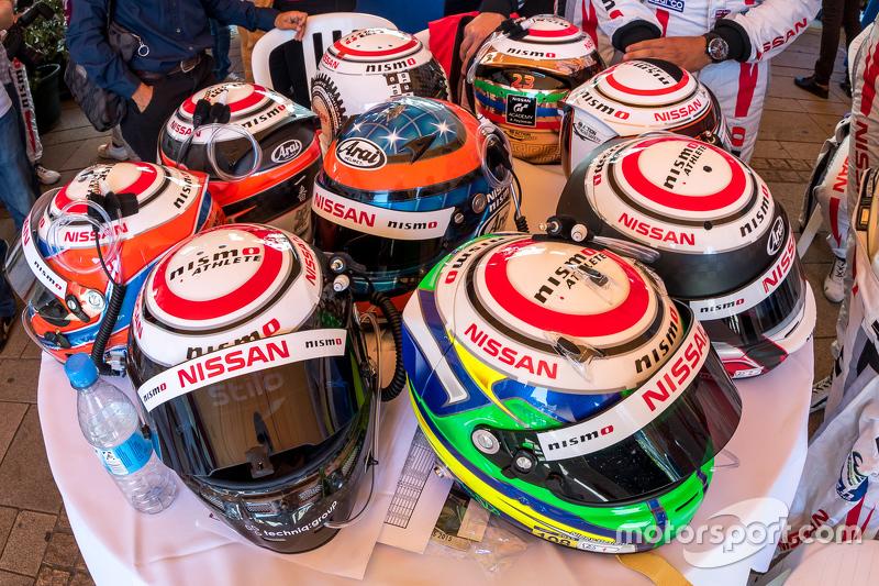 #21 Nissan Motorsports Nissan GT-R LM NISMO: Tsugio Matsuda, Lucas Ordonez, Mark Shulzhitskiy and #2