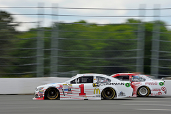 Jamie McMurray con Kyle Larson, Chip Ganassi Racing Chevrolets