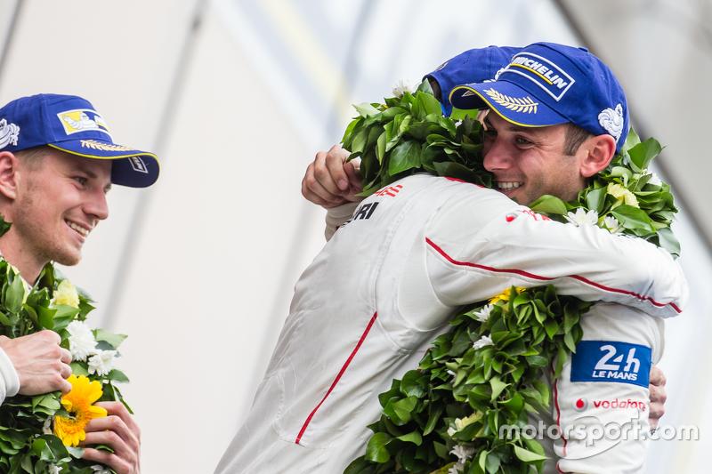 LMP1 podium: class and overall winners Porsche Team: Nico Hulkenberg, Nick Tandy, Earl Bamber