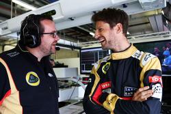 Julien Simon-Chautemps, Lotus F1 Team Race Engineer with Romain Grosjean, Lotus F1 Team