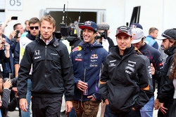 Daniel Ricciardo, Red Bull Racing, Jenson Button, McLaren Honda y Sergio Pérez, Sahara Force India
