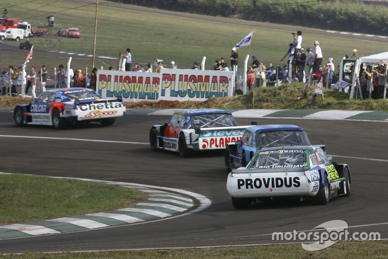 Матіас Родрігес, UR Racing Dodge та Луїс Хосе де Пальма, Indecar Racing Torino та Федеріко Алонсо, T