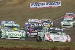 Santiago Mangoni, Laboritto Jrs, Torino; Emiliano Spataro, UR Racing, Dodge, und Emanuel Moriatis, Alifraco Sport, Ford (Top 3)