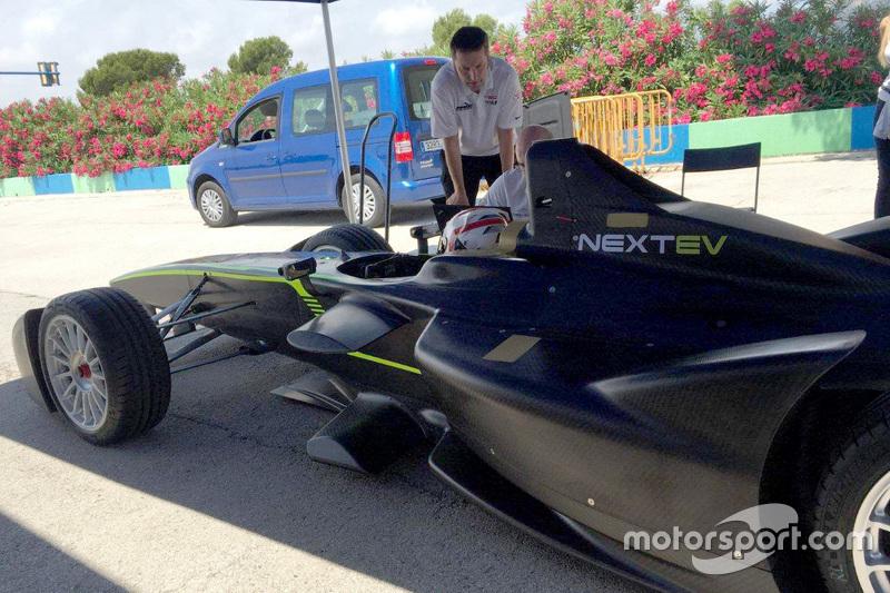 Team China Racing testa novos componentes de direção