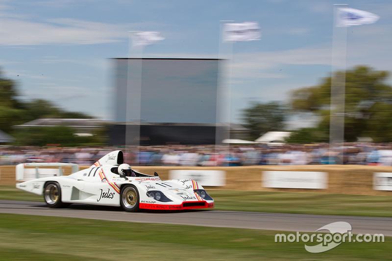 Porsche 936/81 von Derek Bell