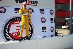 Le poleman Simon Pagenaud, Team Penske Chevrolet