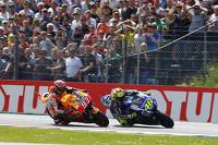 Valentino Rossi, Yamaha Factory Racing dan Marc Marquez, Repsol Honda Team
