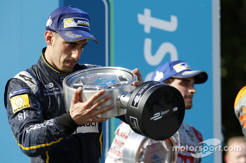 Race 1 Winner Sébastien Buemi, e.dams-Renault