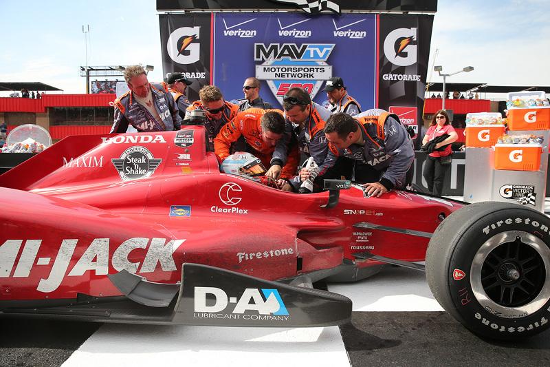 Race winner Graham Rahal, Rahal Letterman Lanigan Racing