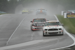 #57 Racers Edge Motorsports Ford Mustang Boss 302R: Michael Lira, Nick Galante