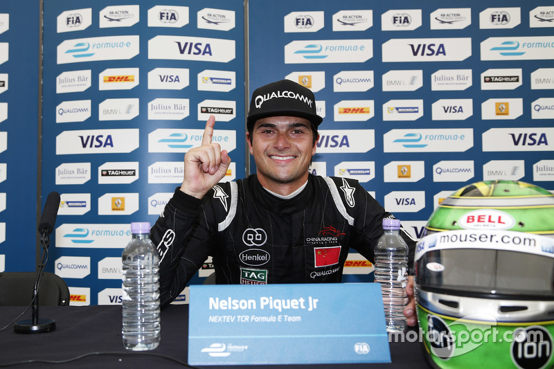 Juara Nelson Piquet Jr., China Racing