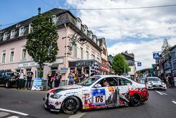#176 Sorg Rennsport BMW 330i Coupé