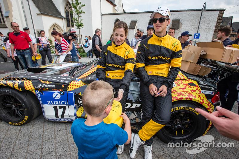 #17 Walkenhorst Motorsport, BMW Z4 GT3: Michela Cerruti, John Edwards