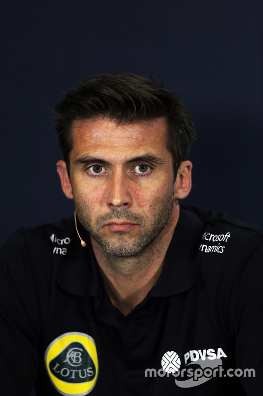 Matthew Carter, Lotus F1 Team CEO na coletiva de imprensa da FIA