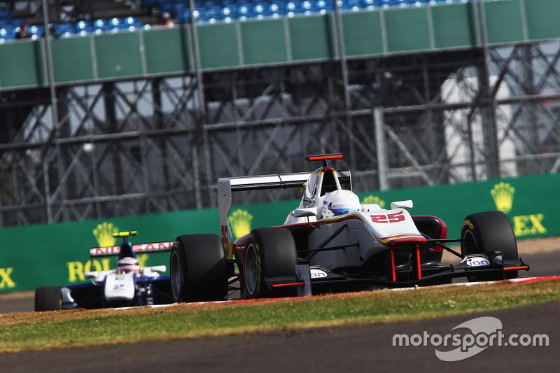 Christopher Höher, Campos Racing dan Jann Mardenborough, Carlin