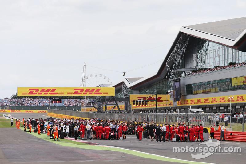 grid sebelum start balapan