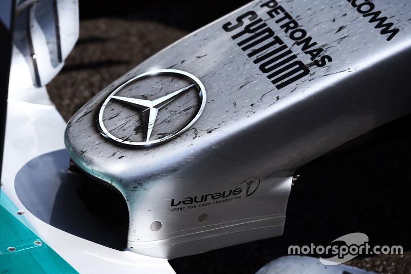 nosecone dari mobil Nico Rosberg, Mercedes AMG F1 di parc ferme