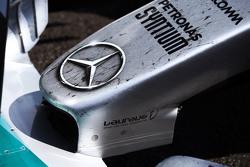 Le nez de Nico Rosberg, Mercedes AMG F1 dans le Parc Fermé
