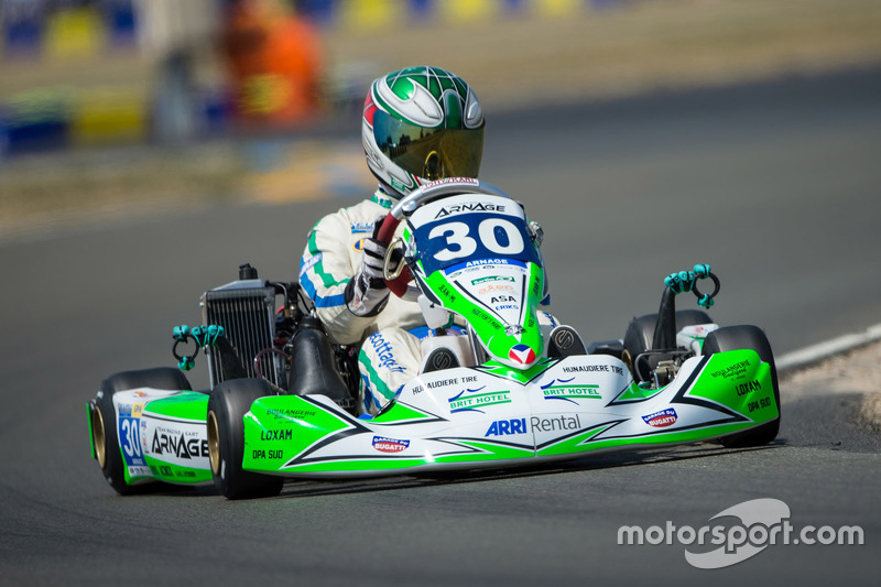 #30 Arnage Team Racing, Kart: Tony Blin, Olivier Paris, Alizée Guilmain, Simon Broad
