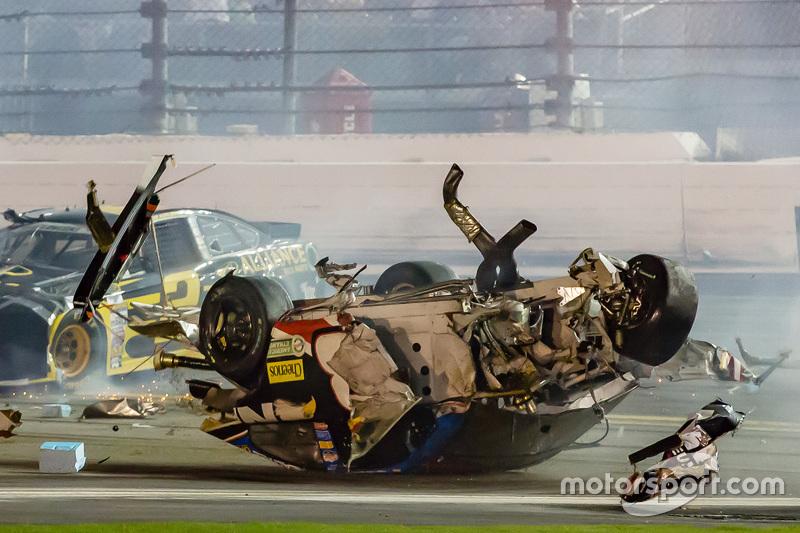 Austin Dillon, Richard Childress Racing Chevrolet y su choque al final de la carrera