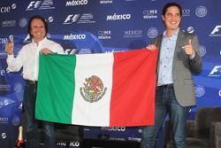 Emerson Fittipaldi: Ernennung zum Botschafter des Mexiko GP, mit Rodrigo Sanchez