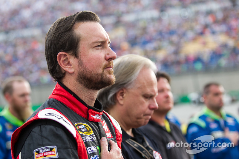 Kurt Busch, Stewart-Haas Racing Chevrolet with Gene Haas