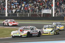 Juan Marcos Angelini, UR Racing Dodge dan Omar Martinez, Martinez Competicion Ford dan Matias Rossi, Donto Racing Chevrolet