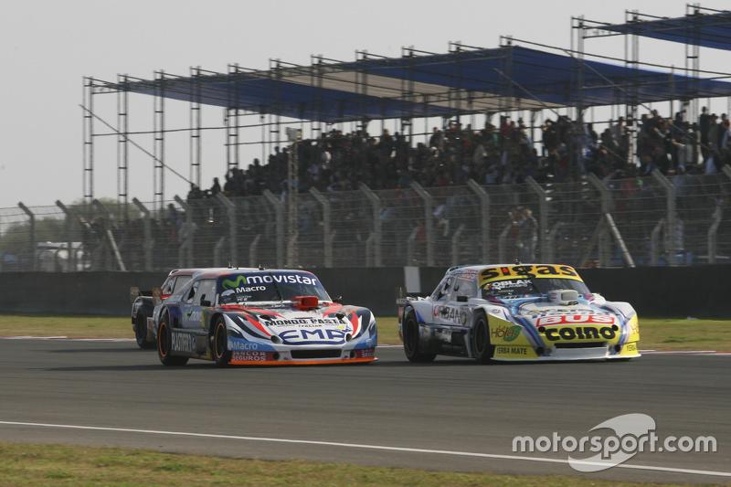 Mauricio Lambiris, Coiro Dole Racing Torino, dan Christian Lede sma, Jet Racing Chevrolet