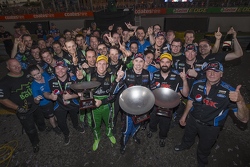 Race winner Mark Winterbottom, Prodrive Racing Australia Ford and second place David Reynolds, Rod Nash Racing Ford