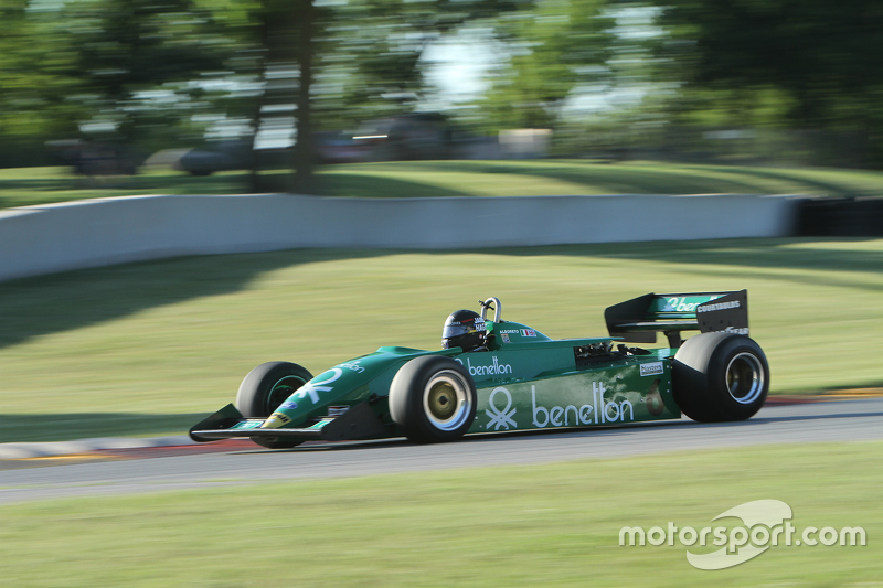 Tyrrell 011 1983