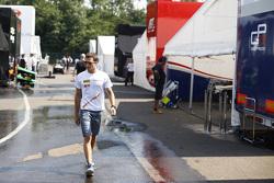 Alex Palou, Campos Racing, di paddock
